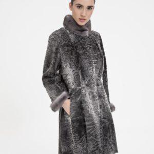 Abrigo de mujer Marcelo Rinaldi de astracán swakara color gris antracita reversible