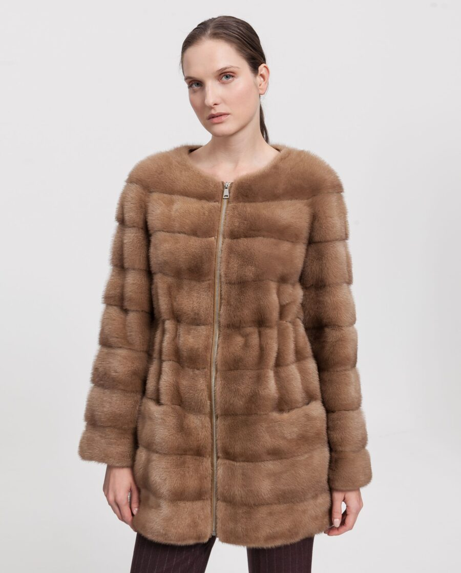 Abrigo de visón con cremallera color camel marca Saint Germain