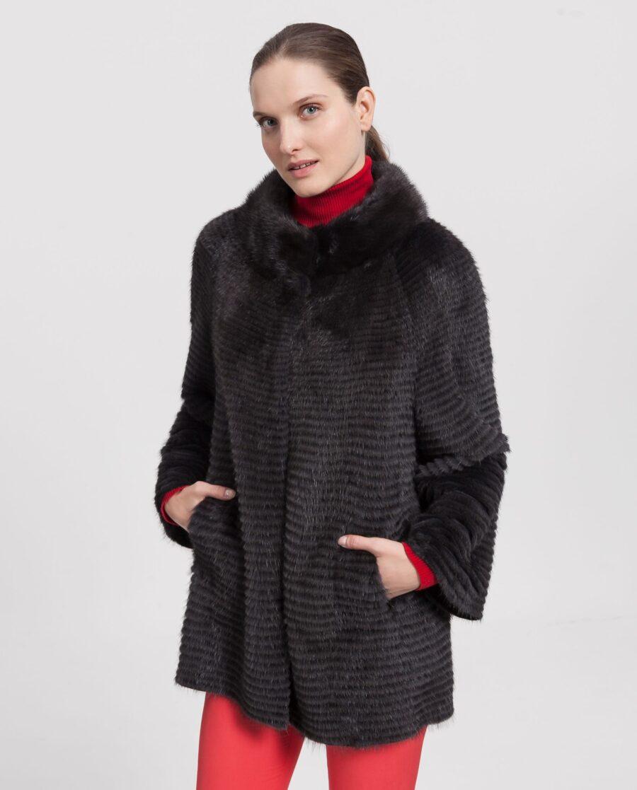 Abrigo de visón reversible con un diseño tireado color gris oscuro lutecia con interior de lana marca Saint Germain