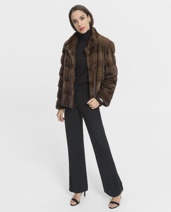 Chaquetón de visón marrón para mujer con lomos horizontales marca De la Roca