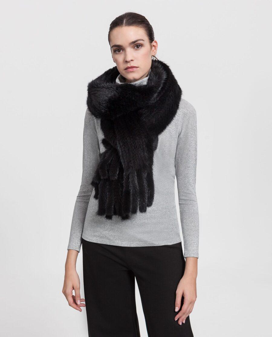 Estola de visón negra con pelo tricotado marca Saint Germain