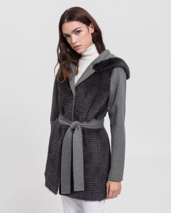 Abrigo de visón marrón Saga Furs y punto de lana reversible y con capucha marca Swarz