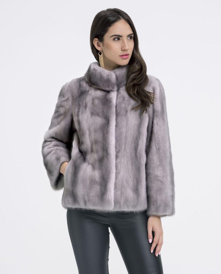 Chaqueta de visón en color zafiro con cuello levantado y trabajo vertical marca Saint Germain
