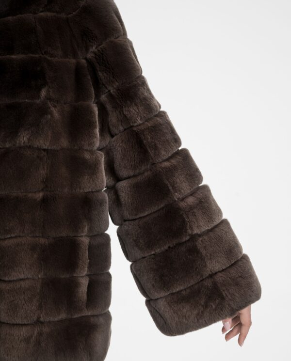 Chaqueta de rex marrón para mujer marca De la Roca