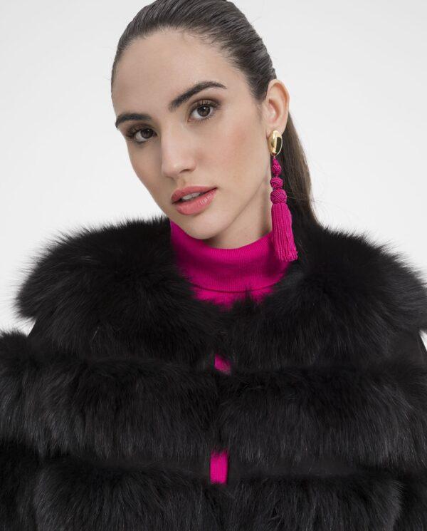 Chaquetón de zorro negro para mujer, con lomos horizontales marca Marcelo Rinaldi