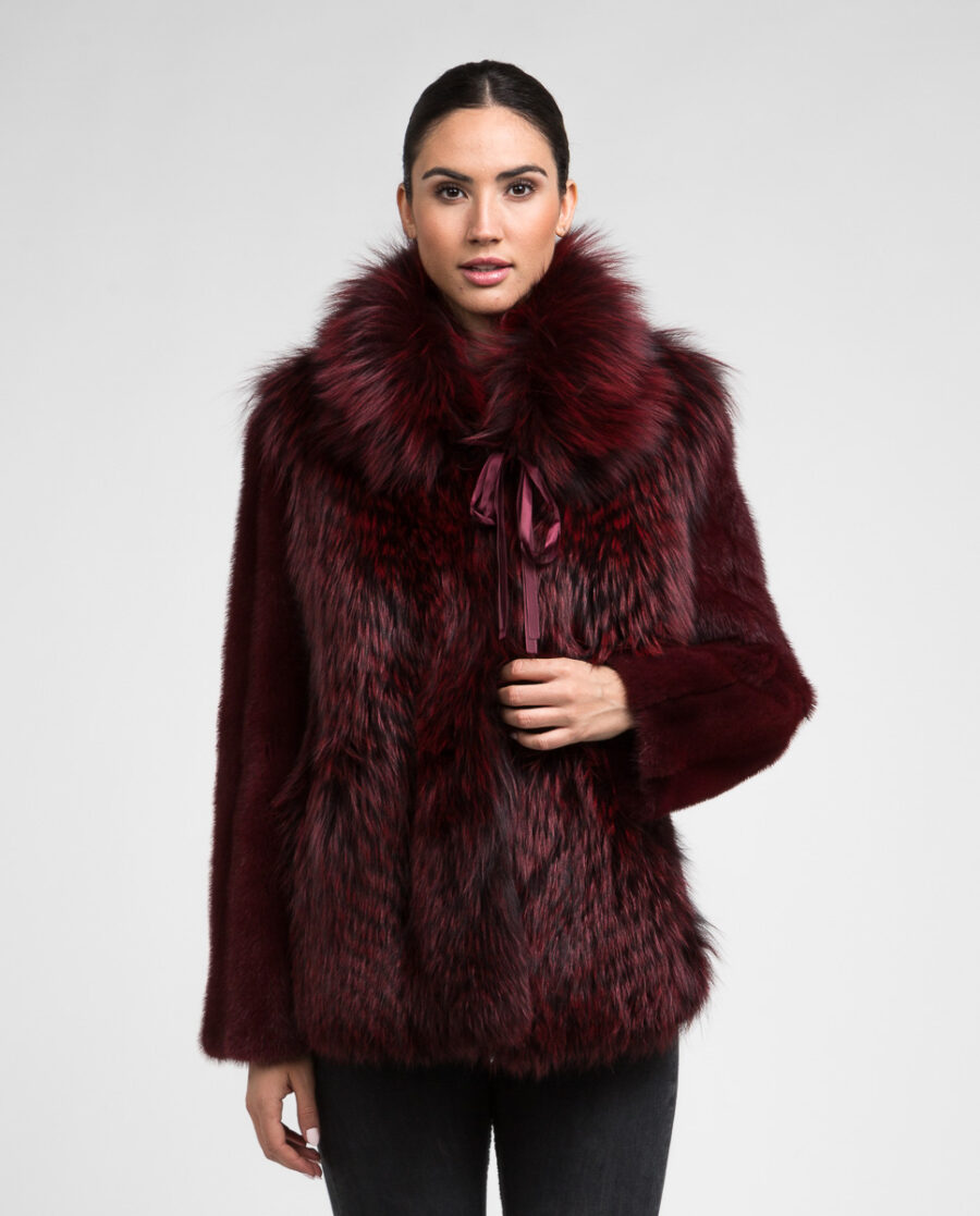 Chaqueta de pelo de visón y zorro en color burgundy para mujer marca De la Roca