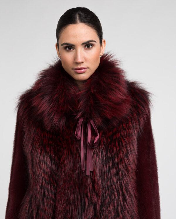Chaqueta de pelo de visón y zorro en color burgundy para mujer marca De la Roca abrigo de visón rojo