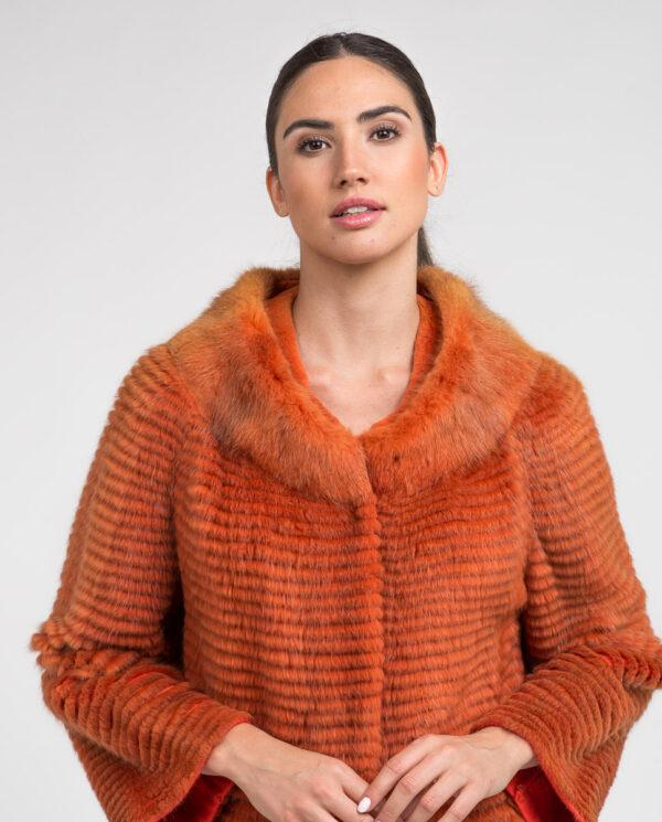 Abrigo de pelo de rat musket en color naranja para mujer y forro de punto marca De la Roca