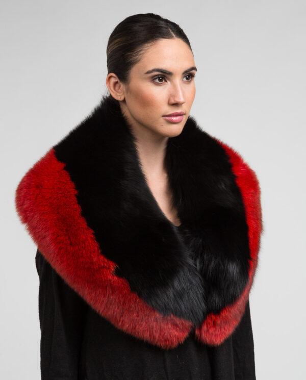 Estola de pelo de zorro en color multicolor, negra y roja marca Swarz cuello de zorro negro y rojo