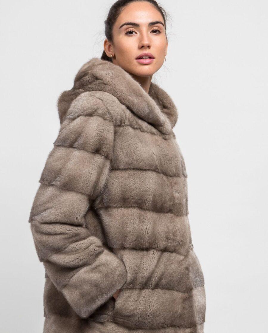 Abrigo gris corto de pelo de visón con capucha para mujer marca De la Roca bolsillos laterales