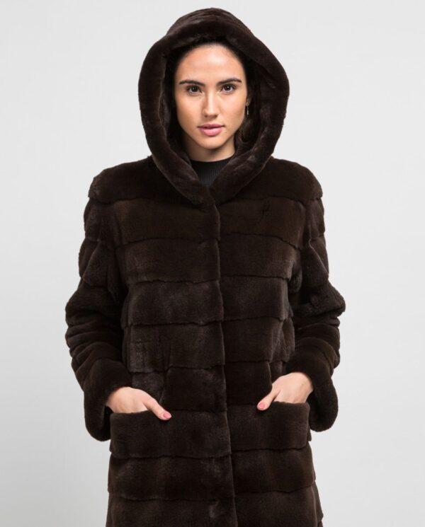 Abrigo largo de pelo de visón despinzado marrón con capucha para mujer marca De la Roca bolsillos