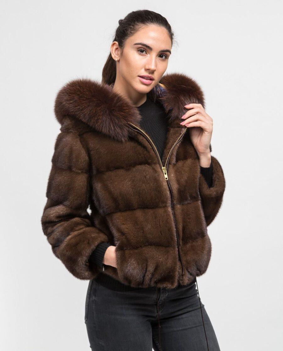 Chaqueta corta marrón de pelo de visón con capucha para mujer marca De la Roca