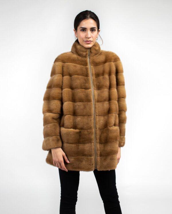 Abrigo marrón de pelo de visón con cremallera para mujer marca Saint Germain cuerpo entero